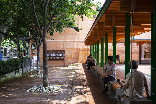 Pocket Plaza / Atelier Archmixing – ArchDaily