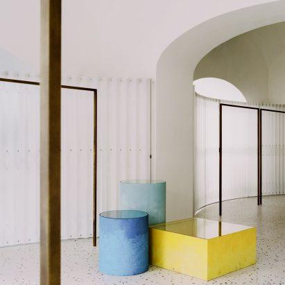 Paritzki & Liani Architects mixes architecture and geology in Grifo210 boutique – Interiors – Dezeen