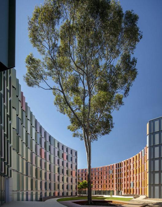 La Trobe University Student Accomodations  / Jackson Clements Burrows Architects – ArchDaily
