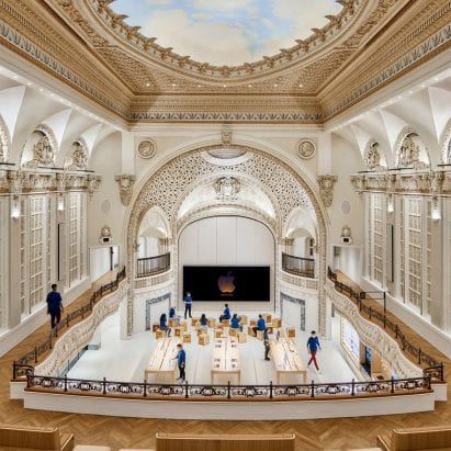 Apple opens store by Foster + Partners in Los Angeles' historic Tower Theatre – Architecture – Dezeen