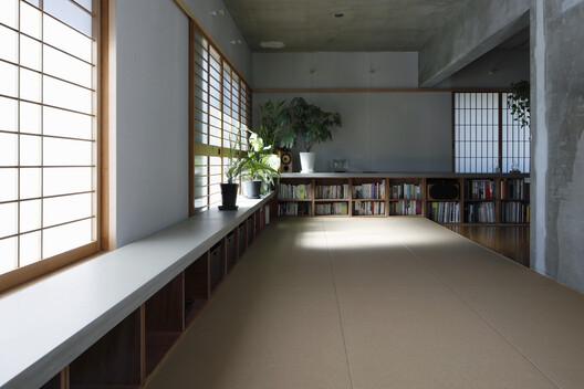 Flat in Kitashirakawa / IN STUDIO – ArchDaily