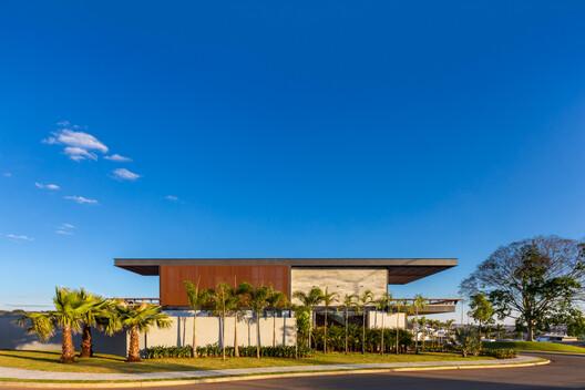 LM House / João de Barro Arquitetura – ArchDaily